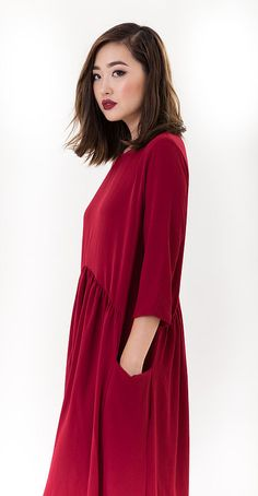 Modest midi dress with 3/4 sleeves and loose chic fit