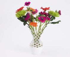 Knitted Vase von Ilona Huvenaars
