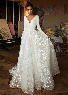 Plain Wedding Dress, Backless Lace Wedding Dress, Wedding Dresses For Girls, Wedding Dress Trends, Long Sleeve Wedding, Elegant Wedding Dress, Tulle Wedding, Gown Wedding, Wedding Ideas