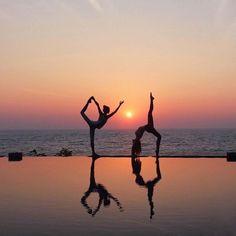 Yoga Inspiration Fotos Fotografie schöne Yoga Fotografie - New Ideas Dance Photography Poses, Gymnastics Photography, Dance Poses, Beach Photography, Artistic Photography, Yoga Dance, Dance Music, Digital Photography, Gymnastics Poses