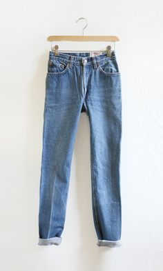 Everything Golden - Vintage High Waist Levi's