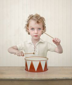 Loretta Lux's photo lighting of drummer who scares the crap out of me Contemporary Photography, Fine Art Photography, Portrait Photography, Heart Photography, Conceptual Photography, Photography Gallery, Photography Projects, Senior Photography, Contemporary Art