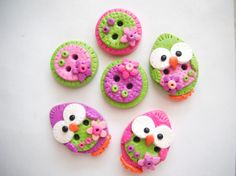Button Patchwork Baby Birds handmade polymer clay buttons ( 6 )