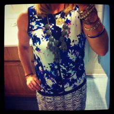 Love the different mix of patterns on this shift dress....