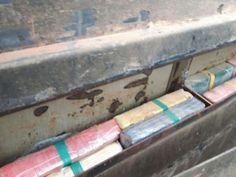A Polícia Federal de São Paulo (SP) apreendeu um caminhão com mais de 300 quilos de cocaína pela rodovia Raposo Tavares (SP-270), neste domingo (25), em Itapetininga (SP). De acordo com a polícia, inv ...