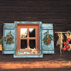 Enjoying Christmas on a hut like this, that would be great! #visitaustria #myaustria #styria