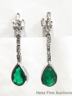 Stunning Vintage Art Deco Diamond 18k Gold Columbian Emerald Dangle Earrings #DropDangle