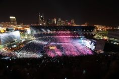 LP Field on CMA night