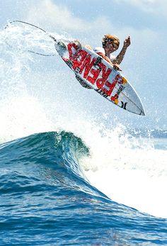 ♂ Outdoor adventure water sports surfing