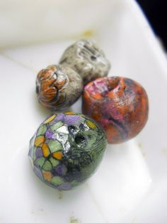 Polymer Clay Beads - 4 Rustic Beads - Chunky Rondelles & Rounds - Mosaic Facet Obscura, Faux Trade - Green, Coral Orange, Purple, Grey