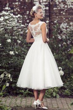Tea Length Bridal and 50's Style Short Wedding Dresses | Brighton Belle | Esme | True Bride