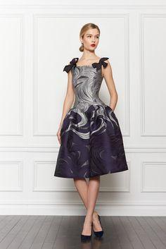 Carolina Herrera - Pasarela: este vestido lo tiene todo para estar en la lista de nuestros favoritos.