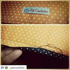 Acabamento feito todo à mão ♡ com muito amor ♡ mais uma peça Pat Coutinho sendo finalizada ♡ já,  já mostro para você. www.patcoutinho.com.br www.facebook.com/ateliepatcoutinho #amor #craft #ateliêpatcoutinho #almofadapersonalizada #muitoamorenvolvido #comprodequemfaz #patchaplique #aplicação