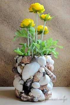Summer Decorating Idea - Maritime Craft - Recycling Craft - Seashell Can Seashell Art, Seashell Crafts, Beach Crafts, Diy Home Crafts, Seashell Projects, House Plants Decor, Creation Deco, Hippie Home Decor, Recycled Crafts