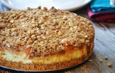 Deze Appel Kwarktaart maak ik meestal tijdens de herfst. Om de één of andere reden associeer ik dit recept met het najaar! Veel bakplezier!
