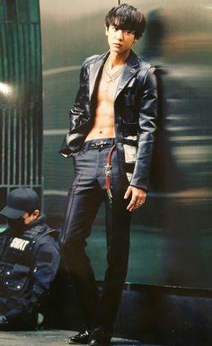 Read Chanyeol (EXO) - Daddy from the story Kpop [NC] by (–Mnj–) with reads. Chanyeol Cute, Chanyeol Baekhyun, Kpop Abs, Sekai Exo, F4 Boys Over Flowers, Kim Minseok, Xiuchen, Story Instagram, Kris Wu