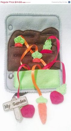 This listing is for 1 felt gardening quiet book page with 3 carrots, 3 radishes, and a garden sign. This page can be added to other pages to