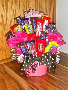 Candy Bouquet---my baby brother would love this!!!