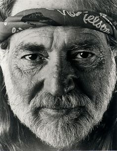 The sweet, soulful eyes of Willie Nelson! Country Music Artists, Country Music Stars, Country Singers, Music Is Life, My Music, Music Museum, Texas Music, Willie Nelson, Big Love