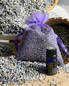 Lavender Essential Oil Uses, Essential Oils, Lavender Buds, Insect Repellent, Natural Oils, Fragrance, Organic, Pure Products, Gifts