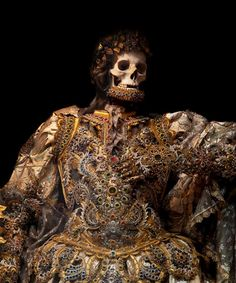 Jewelled Skeletons: 'Taken from the catacombs of Rome in the century, the relics of twelve martyred saints were then attired in the regalia of the period before being interred in a remote church on the German/Czech border. Memento Mori, Rome Catacombs, Empire, Skull And Bones, Skull Art, Ancient History, Jewels, 17th Century, Skulls