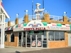Tony's Pizza, Atlantic Avenue and the boardwalk downtown Ocean City Md. Picture taken on October 2016 by Lea Doughty Ocean City Boardwalk, Ocean City Md, Upper Deck, Maryland, Beautiful Homes, 1960s, October, Memories