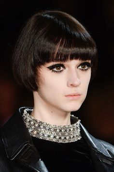Did Twiggy inspire the Saint Laurent runway beauty for Fall 2014 Paris Fashion Week? #PFW
