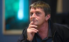 Mike Oldfield se une a Twitter --> http://rvwsna.co/1Ij9hbg