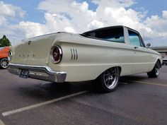 Car Ford, Ford Gt, Ford Trucks, Car Insurance Rates, Ford Falcon, Performance Cars, Ford Bronco, Love Car, Old Cars