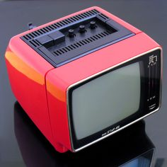 Retro Record Player, Record Players, Television Set, Vintage Television, Tvs, Radios, Mini Tv, Portable Tv, Tv Sets