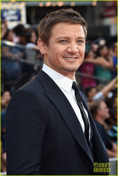 tom cruise jeremy renner mission impossible premiere 13