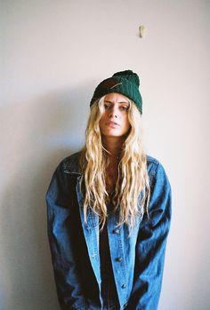 beanie jacket long blond hair denim jeans fashion women streetstyle tumblr girl
