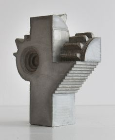 David Umemoto SC i Edition 1/2 2015 Concrete 20 x 6 x 26 cm