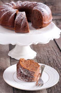 Täyteläinen luumukakku - raisio.com Bakewell Tart, Coffee Cake, Cake Cookies, Deli, Vanilla Cake, Cake Recipes, Bakery, Food And Drink, Sweets