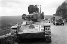 Toldi tank, pin by Paolo Marzioli Patton Tank, Armoured Personnel Carrier, Military Armor, Tiger Tank, Tank Destroyer, Ww2 Photos, Ww2 Tanks, World Of Tanks, German Army
