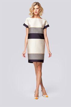 Look 14 - Carolina Herrera Spring Work Outfits, New Outfits, Elegant Outfit, Elegant Dresses, Vestidos Carolina Herrera, Dress Sewing Patterns, Ladies Dress Design, Work Wear, Designer Dresses