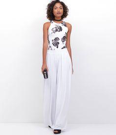 Calça feminina  Modelo pantalona  Com pregas  Marca: Just Be  Tecido: Cetim  Modelo veste tamanho: 36     Medidas da Modelo:     Altura: 1,73  Busto: 89  Cintura: 60  Quadril: 90     COLEÇÃO VERÃO 2017     Veja outras opções de   calças femininas  .