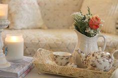 Aiken House & Gardens: A Rosa