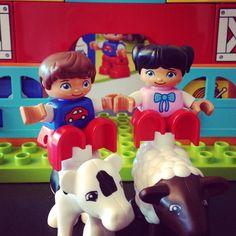 """Aktion 2: """"LEGO DUPLO Teamwork""""  Berichtet uns kreativ von den Spielerlebnissen – Malt zusammen ein Bild, bastelt eine Collage, gestaltet eine Fotostrecke oder ein Video. Alles ist erlaubt - Hauptsache Ihr seid als Team dabei!  #legoduplo #legoteamwork #mytest"""