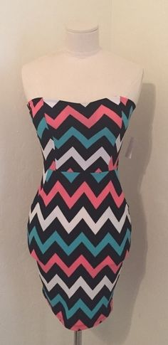 Pretty Chevron Dress    [url]: http://www.vinted.com/sh/clothes/16801490-pretty-chevron-dress