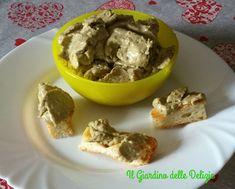 Crema+con+tonno+acciughe+ed+olive