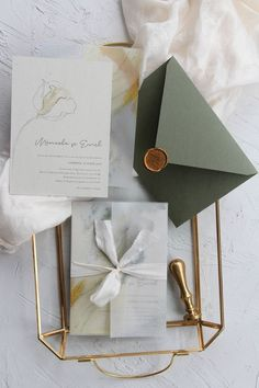 Minimalist wedding invitations, vellum wrapping paper, plant dyed silk ribbon, handmade envelopes with wax seal / ©️️ PAPIRA invitatii de nunta personalizate #weddinginvitations