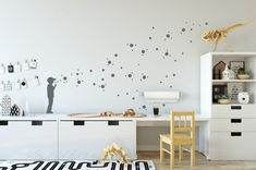 Dot Wall Decal SOAP BUBBLE Boy With 130 Dot Wall Stickers, Kids Room Decals  U0026 Nursery Decor, 1  Or 2 Coloured In 35 Colours, Banksy Style. Wandtattoo  ...
