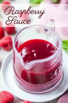 Raspberry Sauce: takes 10 minutes to make and you only need 2 ingredients! Great on so many things.Easy Raspberry Sauce: takes 10 minutes to make and you only need 2 ingredients! Great on so many things. Raspberry Syrup Recipes, Raspberry Cake Filling, Raspberry Desserts, Raspberry Sauce, Raspberry Cheesecake, Strawberry Syrup, Oreo Cheesecake, Fruit Recipes, Cake Filling Recipes