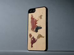 World Map Inlay iPhone 5/5s Wood Matte Black di carvedproducts