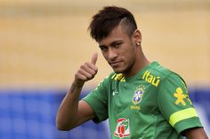 Neymar Jr Brazil national football team best player ever Neymar Jr, Cristiano Ronaldo, Messi And Ronaldo, Nadine Santos, Real Madrid, Superstar, Neymar Barcelona, Good Soccer Players, National Football Teams