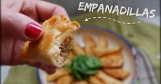 Descubre el secreto de la receta de SOPLA QUE TE QUEMAS para que te queden unas empanadillas muy crujientes.