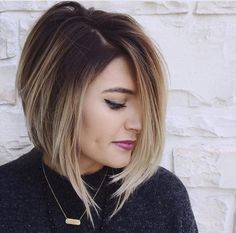 balayage ombré blond clair-cheveux-bruns-carré-plongeant