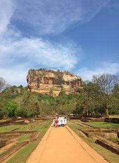 Sri Lanka Sigiriya Rock_small