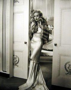 Vintage Glam - carole lombard